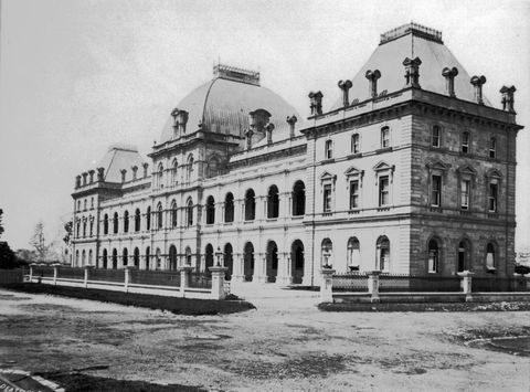 Figure 1: Queensland Parliament House (Stage 1, 1865-78, designed by Charles Tiffin), Brisbane c.1881.