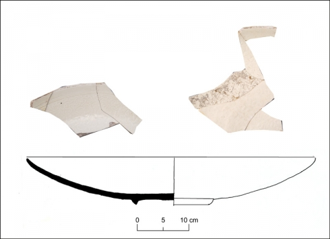 Figure 10: Ding-style whiteware with molded pattern in the inside