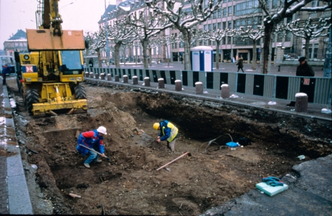 Fig. 1 : Strasbourg, place Broglie (travaux d'implantation du tram)