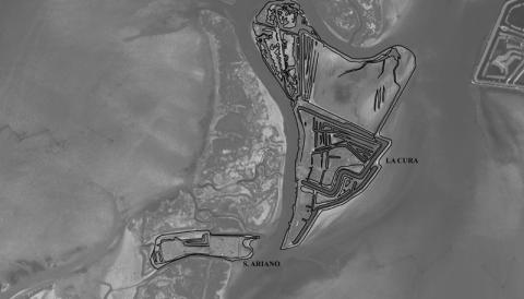 Figure 1: Overview of Constanciacus from the satellite with the surviving islands of La Cura e S. Ariano. GIS elaboration of satellite image and Regional Technical Map.