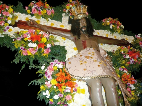 "Figure 6: ""Lord of Health"", Black Christ of the Diocese of Campeche.Figure 6 : Le « Seigneur de la Santé », Christ Noir du Diocèse de Campech."