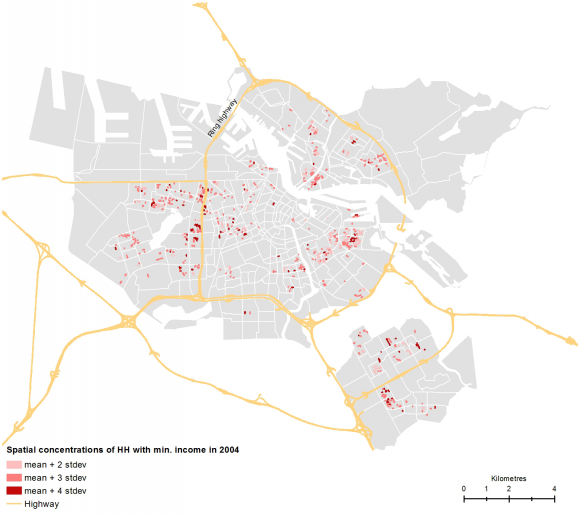Crossing boundaries mapping spatial dynamics of urban phenomena at figure 9 local concentration areas of households with a minimum income in 2004 fandeluxe Images