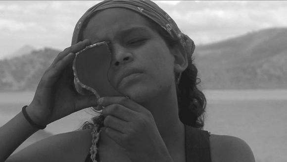 les femmes âgées à la recherche de jeunes hommes au costa rica