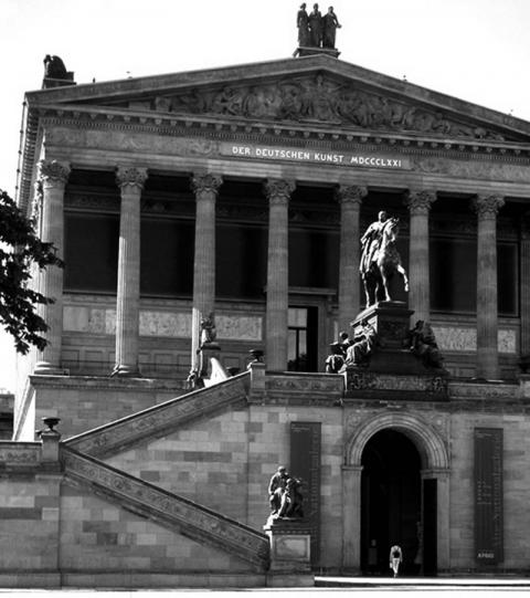 Picture 2 : Alte Nationalgalerie, Berlin, May 2004