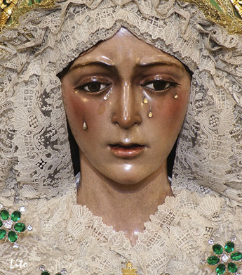 Illustration 4—Close-up on the face of the image of the Virgin of the Hope of Macarena, Seville.