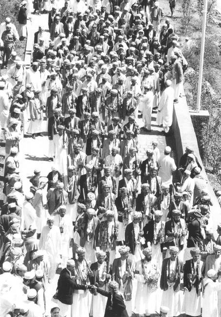 Picture 4. A Bohra mass marriage in al‑Ḥuṭayb sponsored by the Dā'ī al‑Muṭlaq (photo courtesy of the Office of the Representative of the Dā'ī al‑Muṭlaq in Sanaa)