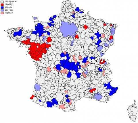 Carte 1 : Indicateur local d'association spatiale (LISA) des résidus, 1982-1999, seuil de significativité 95 %