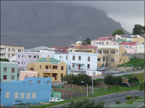 Illustration 1- Bo Kaap, dernier quartier de working class dans le centre-ville du Cap ?