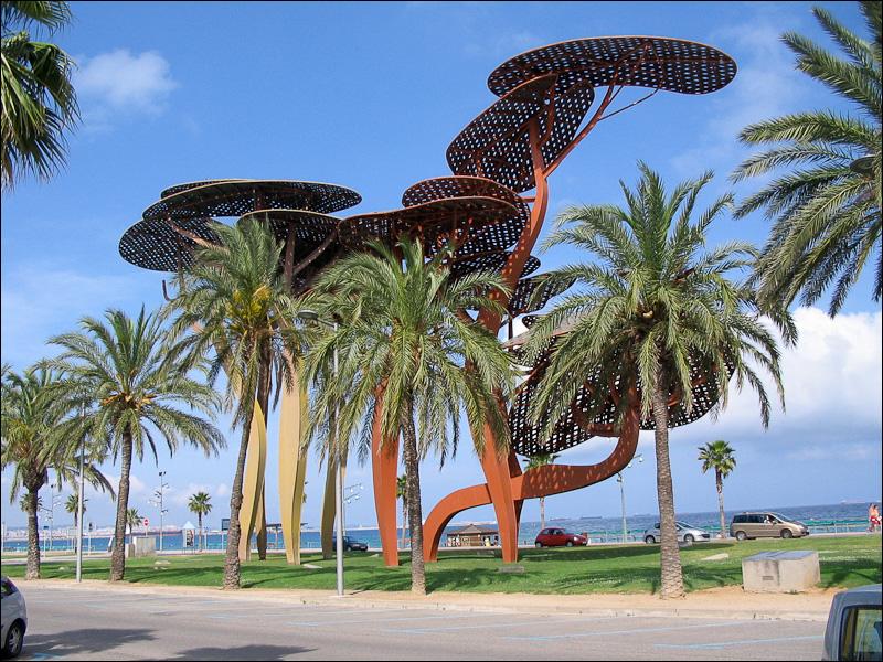Nature urbaine et urbanit dans la station touristique de for Palmier factice
