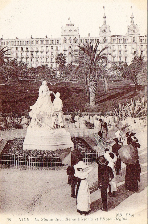 14. French postcard of the Statue of Queen Victoria, Nice