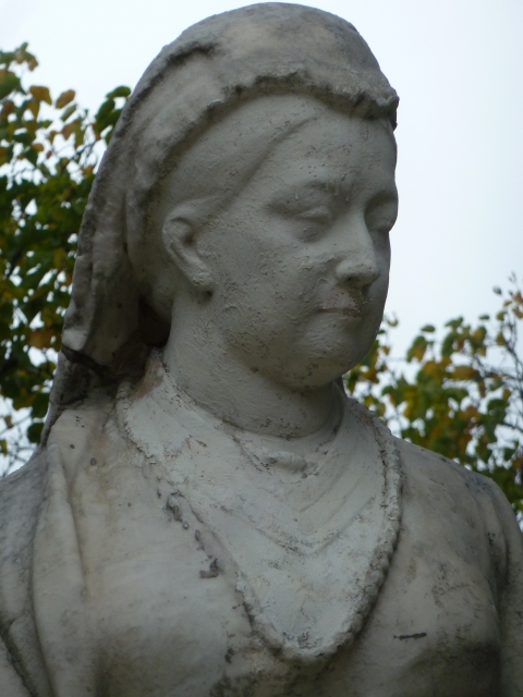 6a.b.c. Repaired damage on the statue of Queen Victoria in Cimiez, Nice