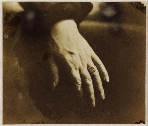 Fig.7: Auguste Vacquerie, La Main de Victor Hugo, 1853-1854
