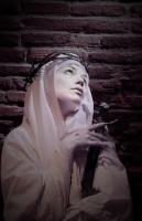 Les seuls bijoux que peuvent porter les épouses de Jésus sont les épines