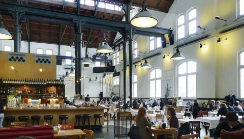 Restaurant Prestigieux A Verone Pres De La Place Del Erbe