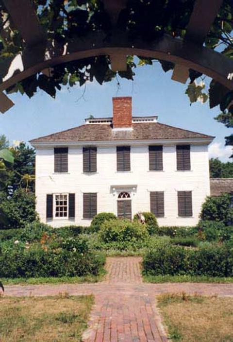 Maisons De Maitre Et Habitations Coloniales Dans Les Anciens