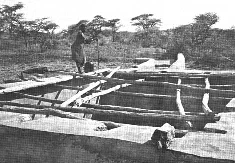 Image 1: construction of an underground reservoir among the Borana