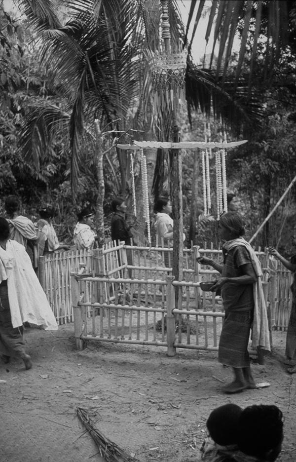 Cosmology Prophets And Rebellion Among The Buddhist Karen In Burma
