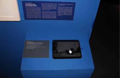 La présentation animée du chemin de fer dans la salle Bordeaux port(e) du monde, 1800-1939 au musée d'Aquitaine.