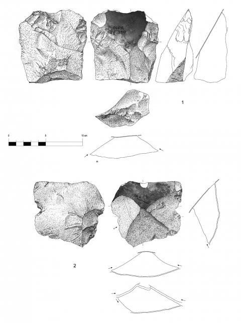Figure 10 - Large flakes with cortical biseau showing a bilateral preparation, hearth k of the Observatoire Cave (drawings by M. Grenet).