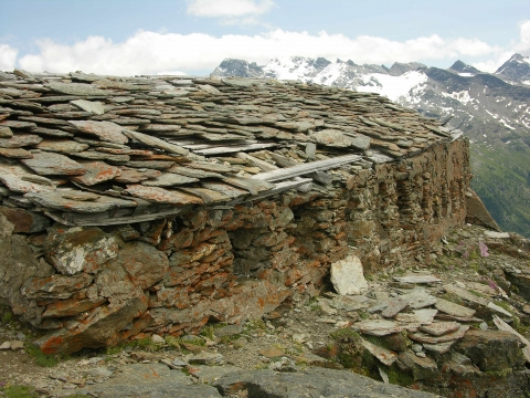 Photo 12. The small barracks granted to captain Ricci at 2,800 m