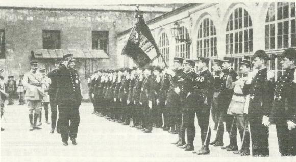 Visite Du Marechal Joffre Le 24 Mars 1920 Grand Uniforme Est De Retour