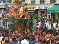 Street procession in Paris during the Ganesh festival (Paris, 2006)