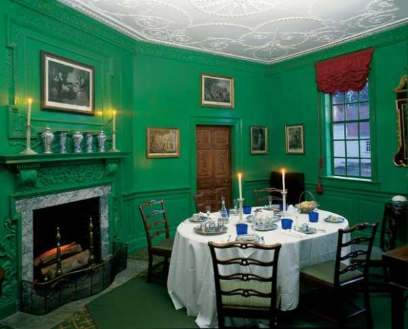 S Teal Dining Room